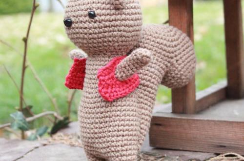 Angus, l'écureuil du monde de PicaPau
